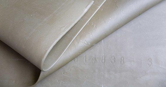 Latex thread fabric